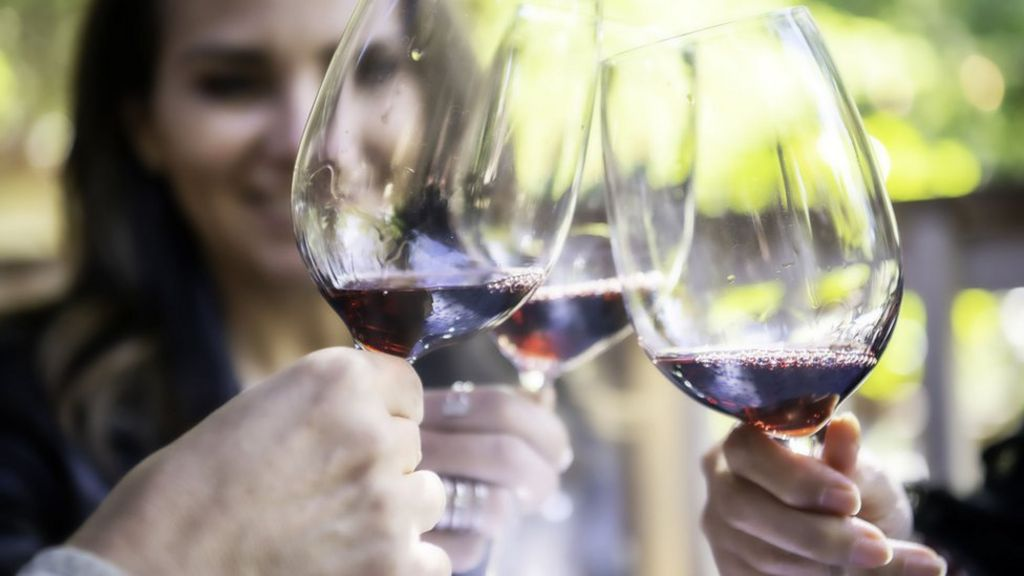 Breast cancer and alcohol: 4+ Facts